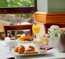 Enjoy the morning with a variety of breakfast in a ...